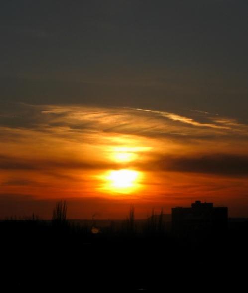 Тёмная сторона Солнца